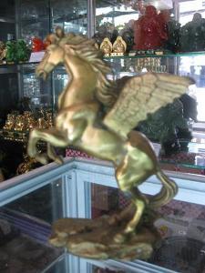 Ngựa Phong Thủy Phi Mã 15cm
