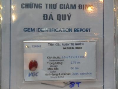nhan-da-ruby-do-hang-xin.JPG