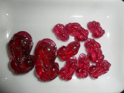 Tỳ Hưu Đá Ruby Đỏ Tổng Hợp